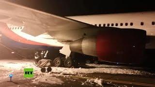Aterrizaje de avión averiado deja decenas de heridos en Rusia