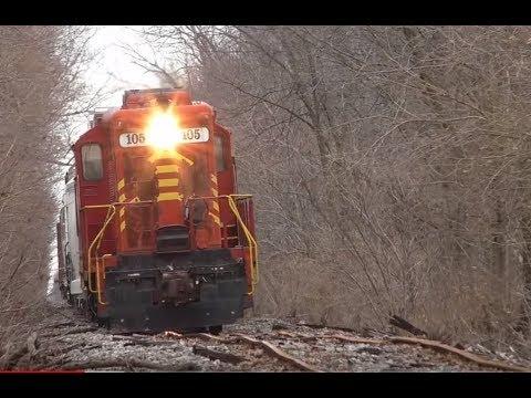 Wobbly Train On Crazy Bad Track ND&W Railroad