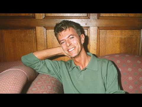 David Bowie Sings PULP  -  Common People