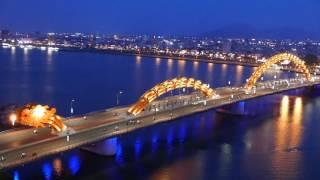 Da Nang Dragon Bridge / Spits Fire On Weekends