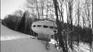 Futuro House - Mont Blanc, Quebec, Canada - 010509