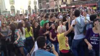 Flashmoob Gangnam Style - Piazza Università - Catania - 20/10/2012