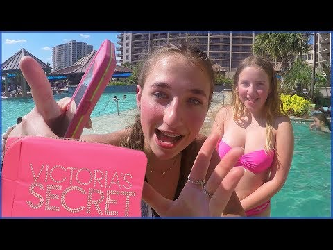 Swimming -  Stalkers in Scary Clown Costumes - Victoria's Secret Haul