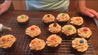 How to Make Gluten Free Chocolate Peanut Butter Cupcakes