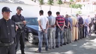 البويرة : تفكيك شبكة دولية مختصة في تهريب السيارات و تزوير وثائقها  -el bilad tv -