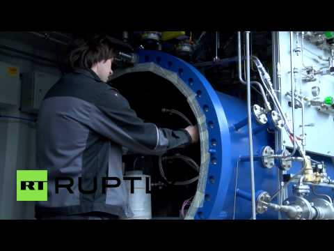 Germany: This machine turns WATER into OIL