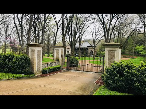 NASHVILLE HOMES FOR THE RICH AND FAMOUS