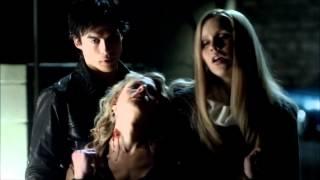 Vampire Diaries. 3x16- Elena ve a Stefan mordiendo a una chica thumbnail