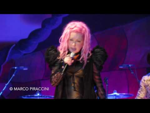 "CYNDI LAUPER: ""Goonies R Good Enough"" live in Italy - Detour"