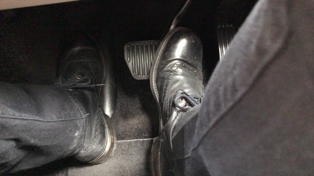 How To Pivot Your Foot Between The Brake And Accelerator