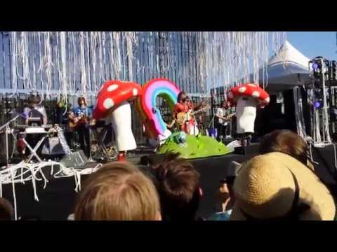Flaming Lips Live at Portland's Waterfront Park August 3, 2014 let's try this again
