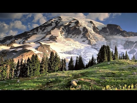Epic Mount Rainier, WA, USA - Skyline Trail Loop
