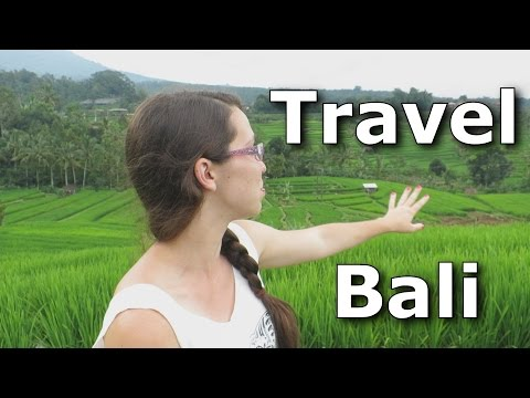 Bali Travel Vlog: Waterfalls, Rice Fields and Tanah Lot Temple