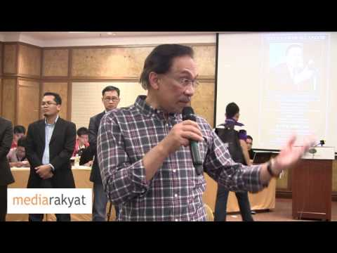 Anwar Ibrahim: Yang Kena Masuk Penjara Aku, Yang Kena Pukul Aku, Yang Marah Mahathir