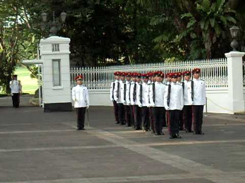 Change of Guards@Istana Singapore 3 May 2009 1/5