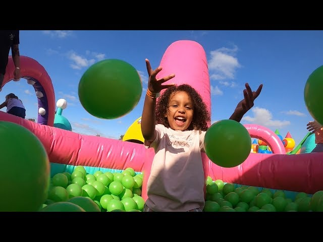 THE WORLDS BIGGEST JUMPING CASTLE! ( This was amazing!! )