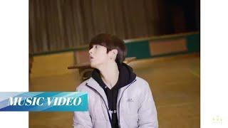 Gambar cover [MV] TXT (투모로우바이투게더) _ 고양이와 개 (Cat & Dog)