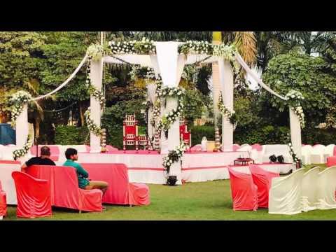 Round wedding mandap decor