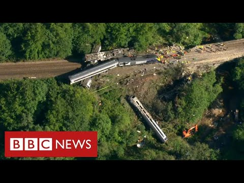 Stonehaven train crash: Driver and conductor killed in landslide ...