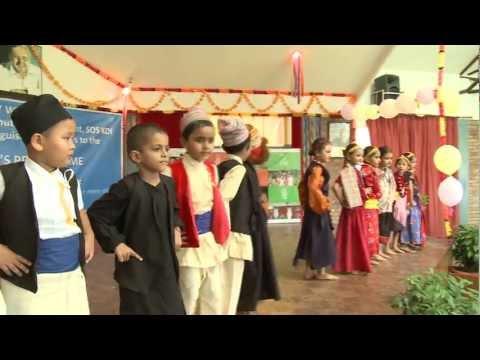 Helmut Kutin visits SOS Hermann Gmeiner School - Bharatpur