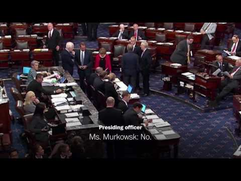McCain winks, gives thumbs-down to Murkowski