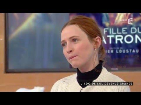 Christa Theret  L'ado de LOL devenue grande  C à vous  05012016