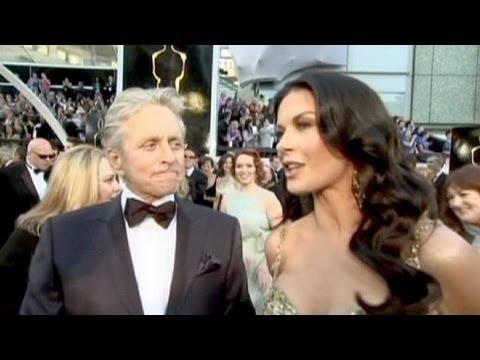 Michael Douglas e Zeta-Jones confirmam separação