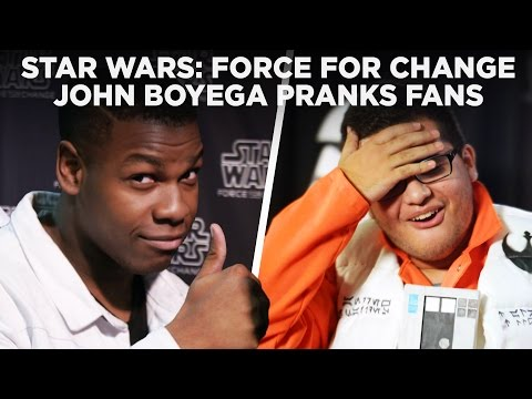 John Boyega Pranks Star Wars Fans with Surprise Photobomb at Celebration | Force For Change