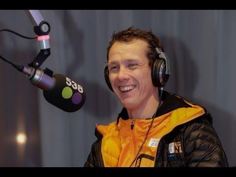 Stefan Groothuis in de studio live bij Evers Staat Op in Sochi