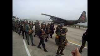 Soldados de la 42 BRINF Paracaidista.