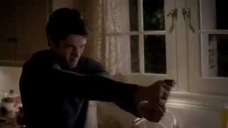 Vampire Diaries season 4 episode 12 - Elena/Jeremy kill kohl, and Klaus finds out.
