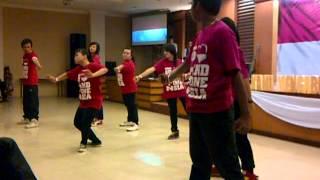 Indonesia Pusaka by  ZMS Dance squad live performance at GKPB MDC Samarinda