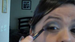 Easy Smokey Eyes (Black & Silver) Thumbnail