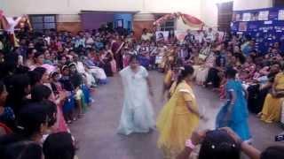 Latthe di Chadar song  At kharagpur festival Vijaya dashami 2013