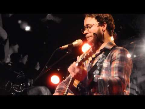 "Amos Lee LIVE ""Seen It All Before"" In Paris New Morning"