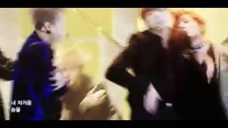[방탄소년단/피땀눈물] 무대에서 단체로 지갑찾는 아이돌…