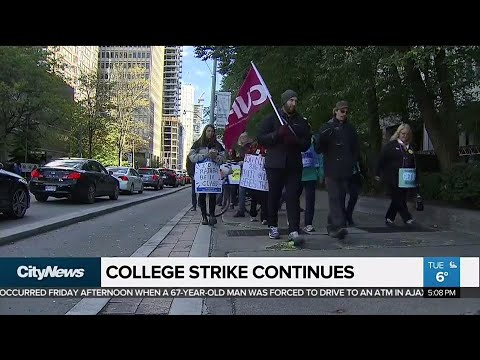 Union representing striking Ontario college faculty calls for workers to reject latest offer