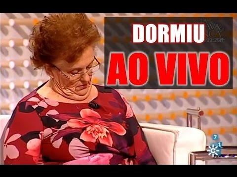 Mulher adormece ao Vivo em programa de televisao na espanha