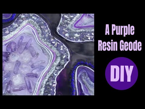 31. DIY Purple Resin Geode Using Many Different Products in One Piece💜