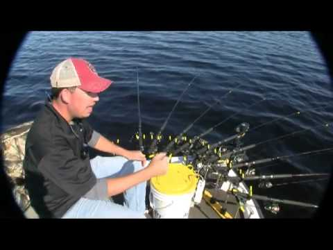 Keep it simple spider rigs 4 crappies youtube for Spider rigs for crappie fishing