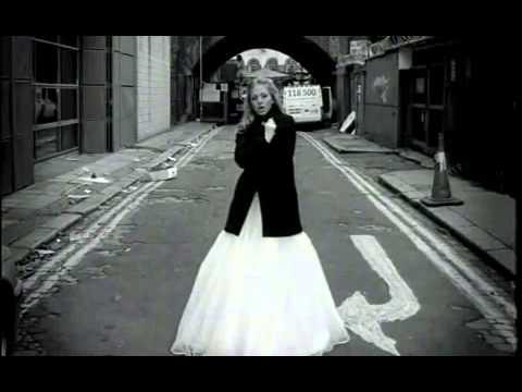 Саша. Белое платье