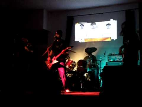 Eretika - In Volo Libero (live@Mozy Cafe 5.3 - Fiesso Umbertiano (Ro) - 31 Ottobre 2010)