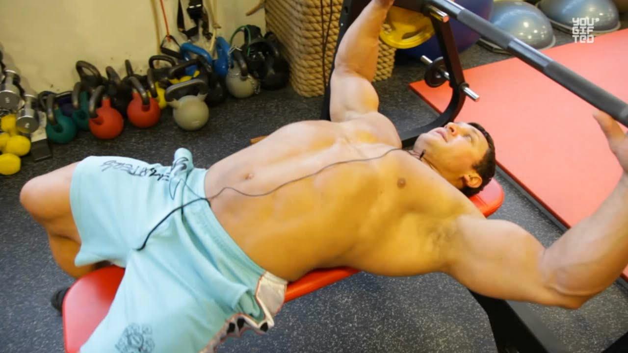 Как правильно тренировать грудь. Андрей Сорокин.