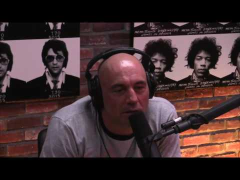 Joe Rogan Experience Podcast talking about Jewel on Rob Lowe Roast