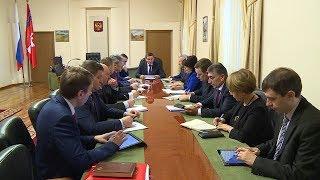 Губернатор Андрей Бочаров провел оперативное совещание