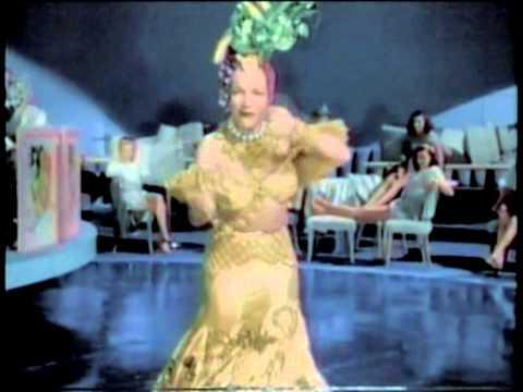 CARMEN MIRANDA | Tico-Tico no Fubá - Colorizado (1947)