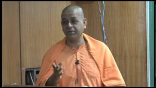 "Swami Atmashraddhananda on ""Mind & Its Control"" at IIT Kanpur"