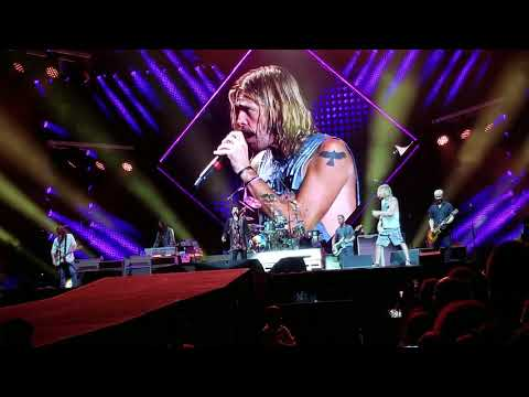 Foo Fighters - Under Pressure; Rogers Centre; Toronto, ON; July 12, 2018