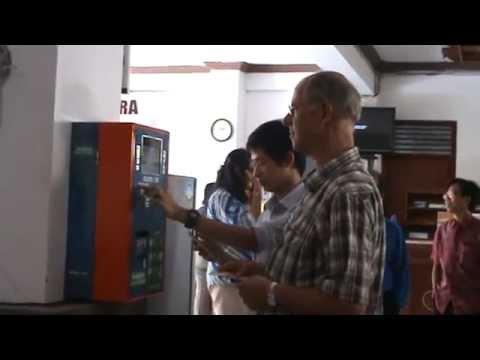 UNDHIRA BALI Menerapkan Electronic Money (E-Money) di Lingkungan Kampus Universitas Dhyana Pura