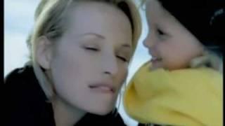 Pub Mixa Lèvres avec Estelle Lefébure [ 1999 ]